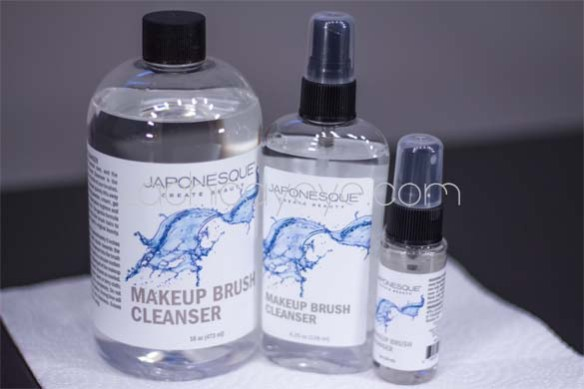 Japonesque brush cleaner review2