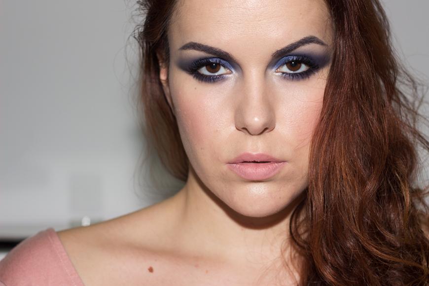 Lavender eyes with Sleek Arabian Nights